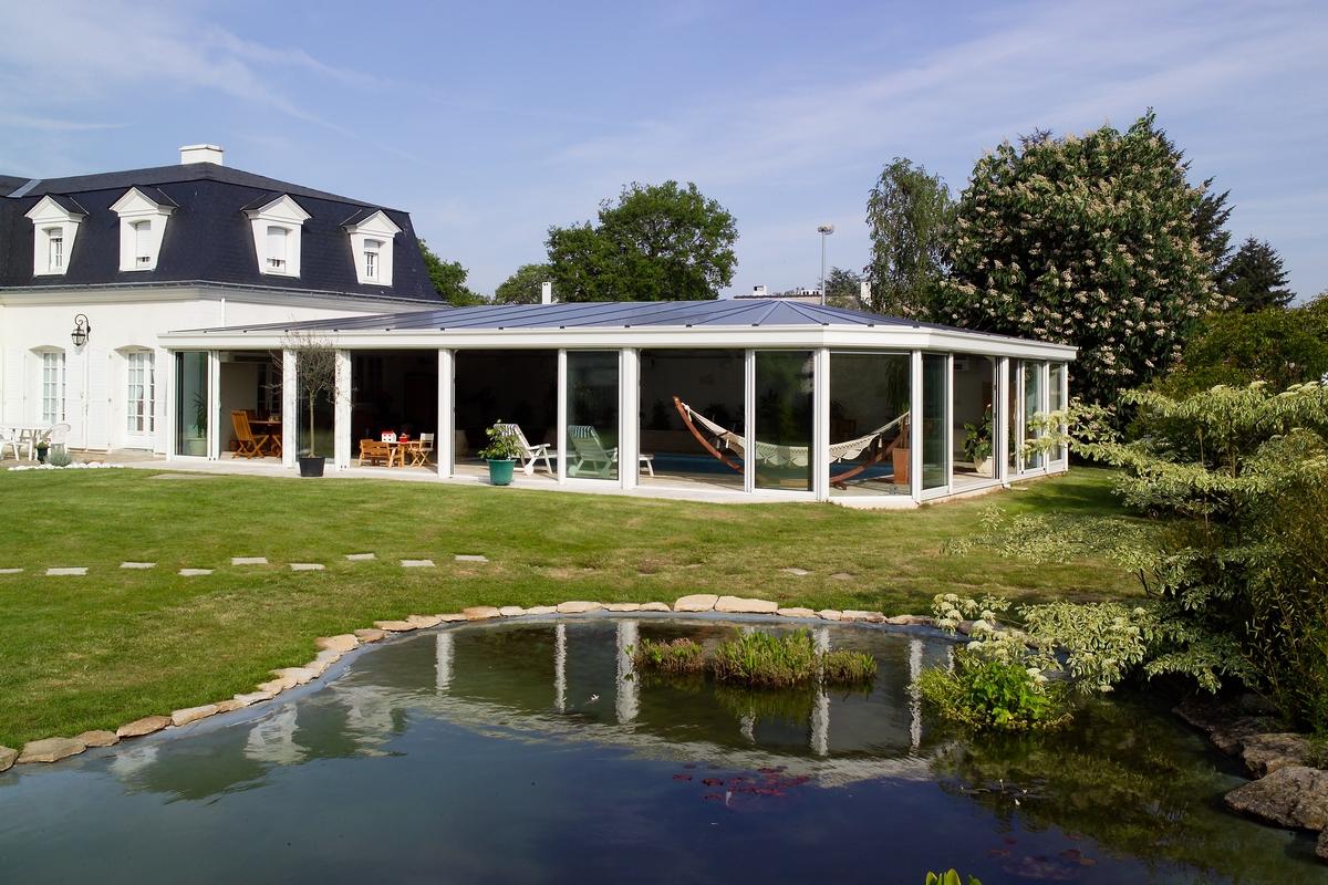 Couverture et abri de piscine